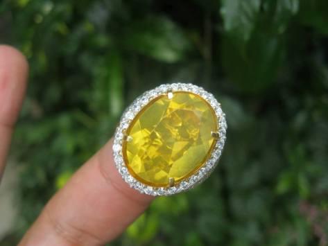 Indonesian Fire Opal Pengklasifikasian atau Penamaan Warna Yellow: SUNFLOWER (Bunga Matahari)